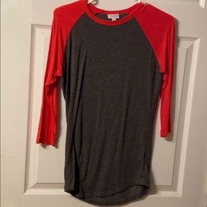 Grey and red half sleeve tee